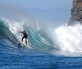 Joao Rodrigues Surfing a Wave