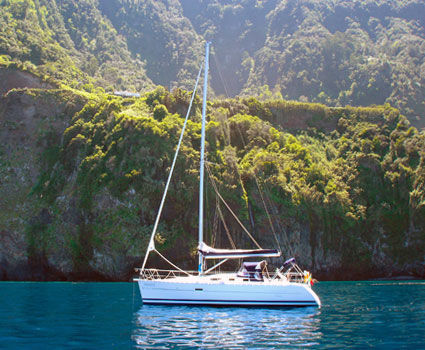 yacht charter at Madeira in Seixal